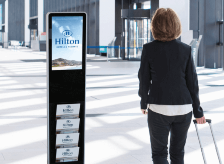 How to create digital signage content in order to encourage approach behaviour in consumers