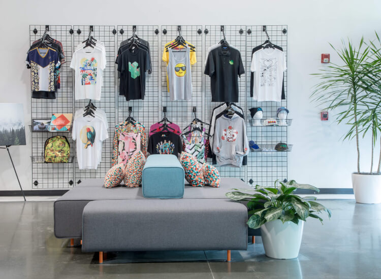how do you display clothes on the wall