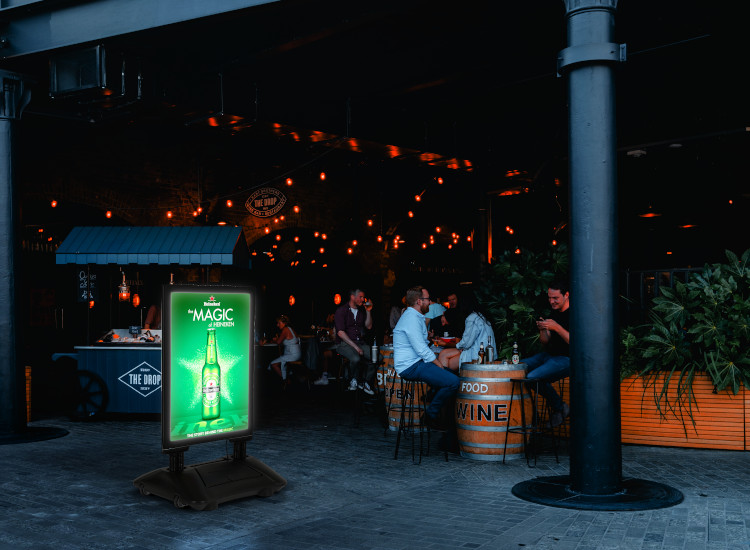 LED pavement sign for bars