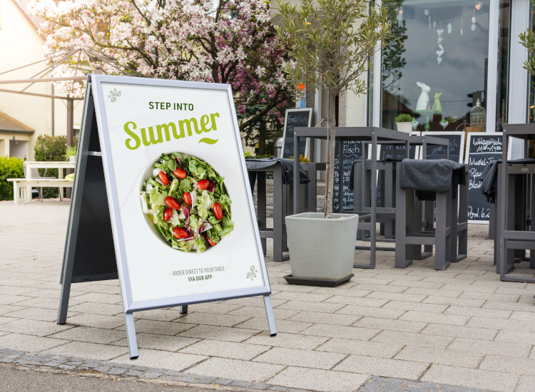 pavement signs for the UK hospitality industry