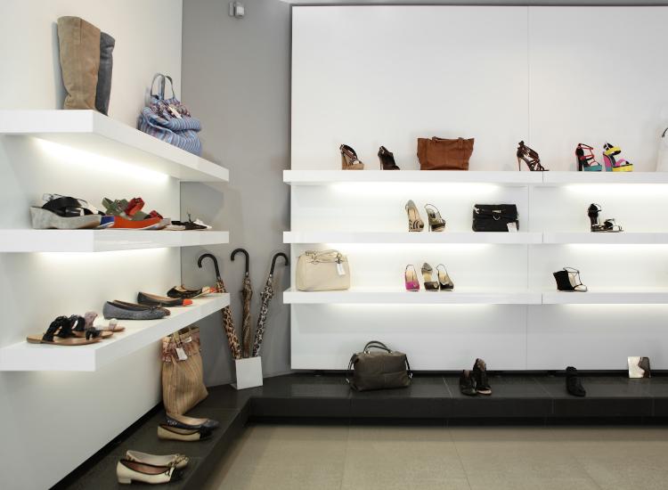 under shelf lighting for retail