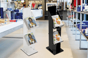 How to buy magazine stands